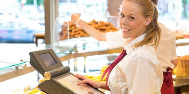 cashier job duties