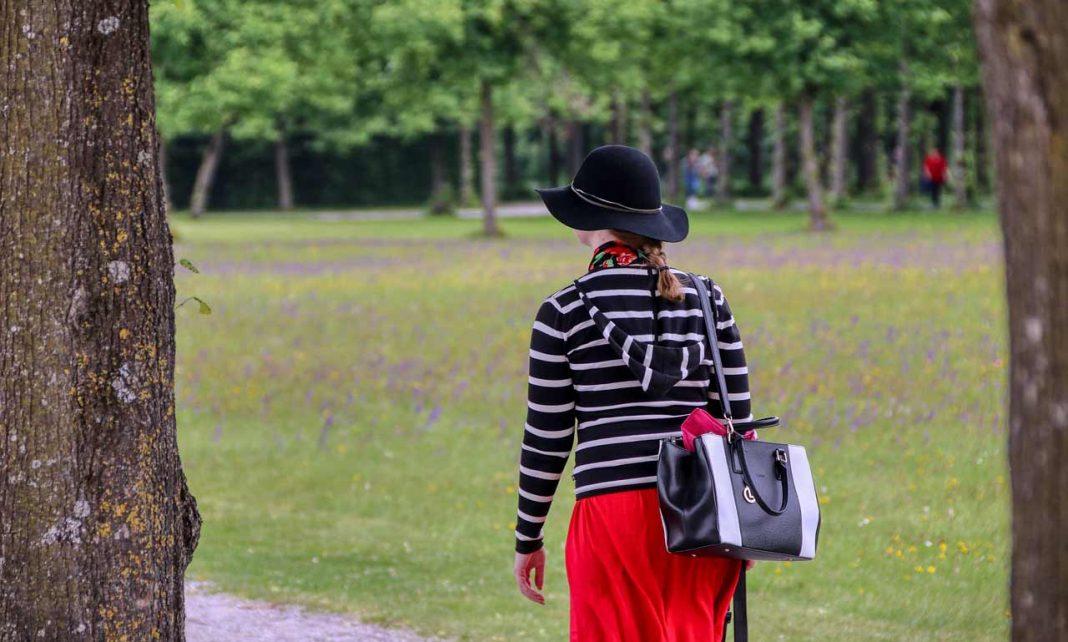 best handbags for moms